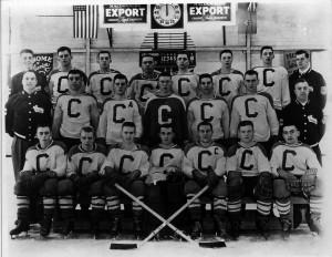 1952-53 OHA Jr. C Champs - Cwood Greenshirts